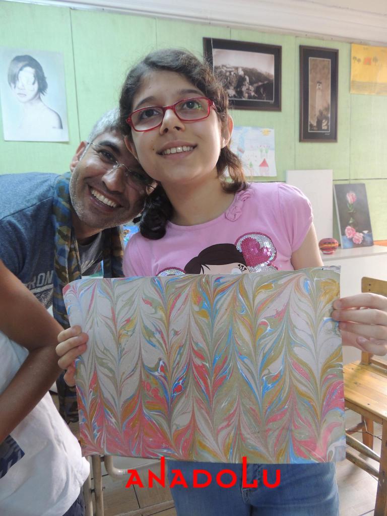 İzmir'de Çocuklara Yönelik Özel Ebru Eğitimleri