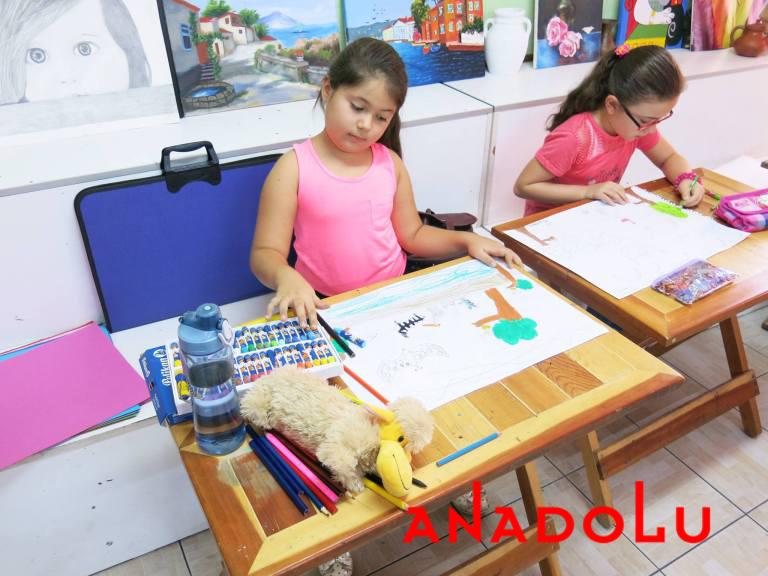 İzmir'de Çocuklara Yönelik Pastel Boyama Kursu
