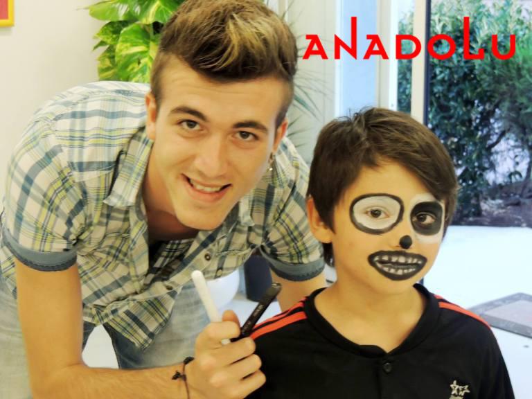 Çocuklara Yönelik Sanat Sergisi İzmir