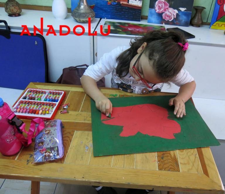 İzmir'de çocuklara Yönelik Bilim Sanat Eğitimleri