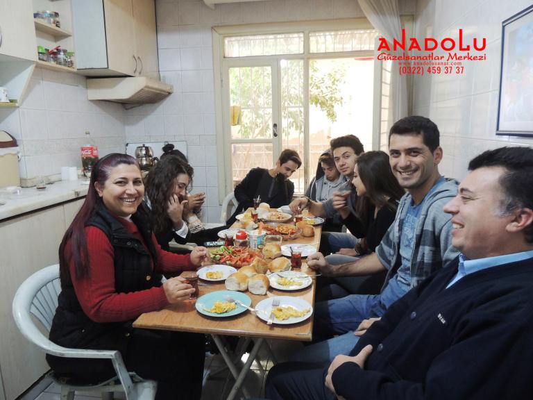 Anadolu Güzel Sanatlarda Karakalem Çizim Atölyesi Çukurova