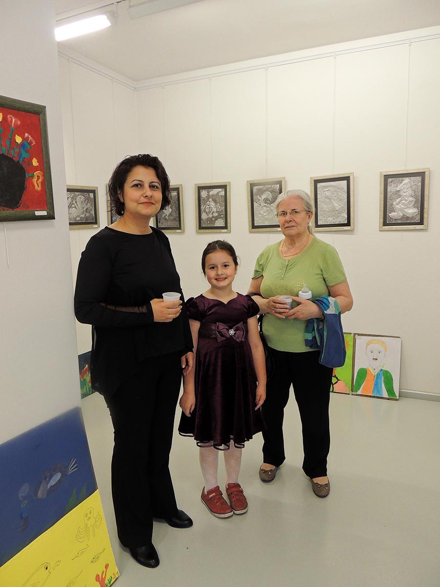 Çukurova'da Çocuk İçin Resim Sergisi