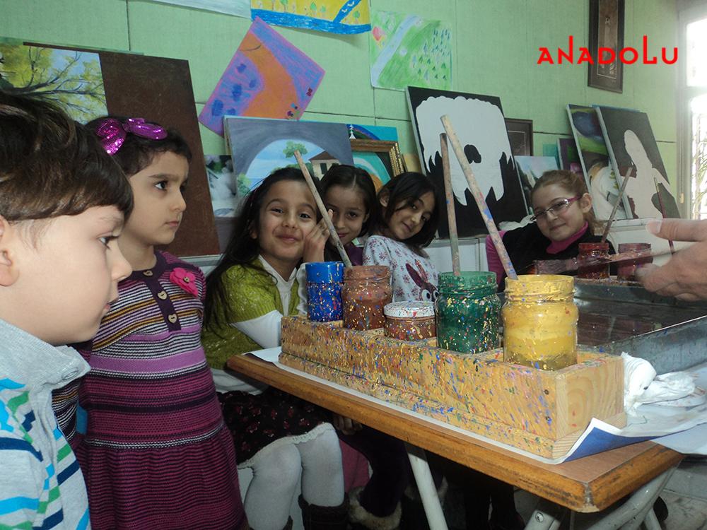 Çukurova'da Çocuk Sanat Atölyesi
